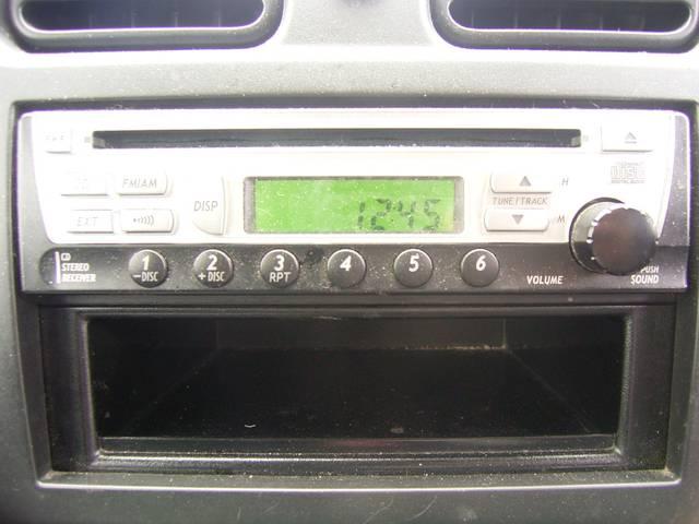 N-1ターボ 4WD キーレス CDオーディオ ベンチシート(9枚目)