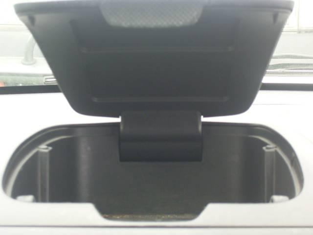 N-1ターボ 4WD キーレス CDオーディオ ベンチシート(12枚目)