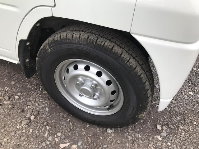 Vタイプ 4WD 5速マニュアル 修復歴無 軽トラック(6枚目)