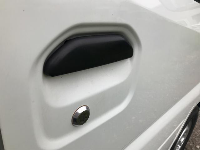 Vタイプ 4WD 5速マニュアル 修復歴無 軽トラック(13枚目)