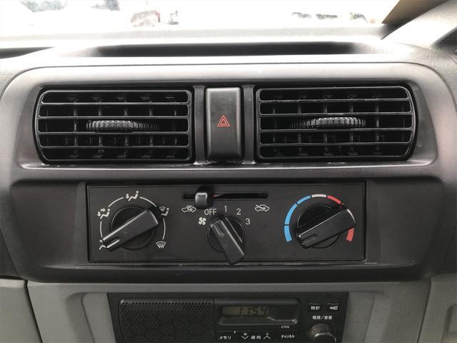 Vタイプ 4WD 5速マニュアル 修復歴無 軽トラック(20枚目)