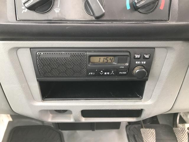 Vタイプ 4WD 5速マニュアル 修復歴無 軽トラック(21枚目)