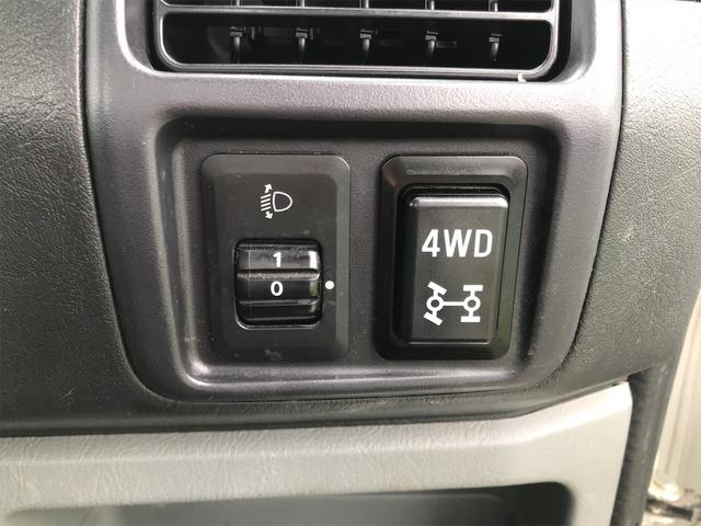 Vタイプ 4WD 5速マニュアル 修復歴無 軽トラック(27枚目)