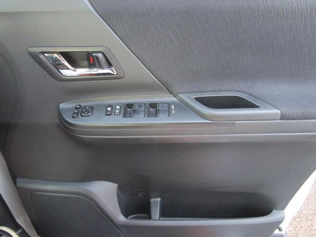 「トヨタ」「アルファード」「ミニバン・ワンボックス」「山梨県」の中古車32