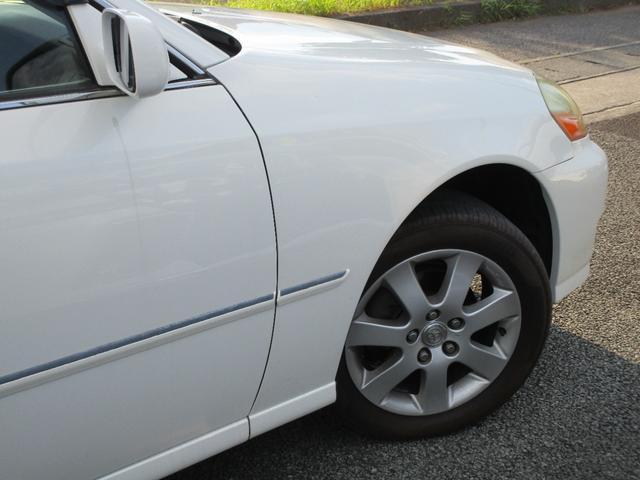 グランデFour 4WD 2000cc 純正ナビ バックカメラ ETC車載器 マークII最終モデル 110系 ウッドパネル キーレスエントリー 車検整備付(12枚目)