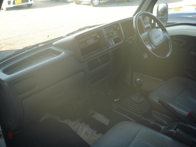 スバル サンバートラック 保冷車 4WD