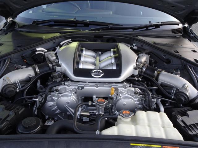 ベースグレード V6ツインターボ 4WD 純正HDDナビ(17枚目)