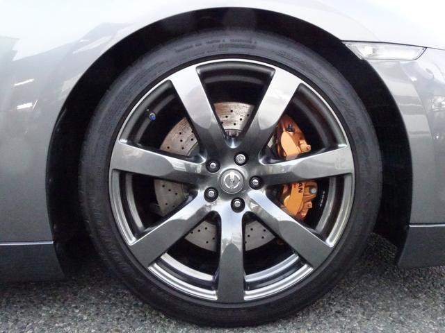 ベースグレード V6ツインターボ 4WD 純正HDDナビ(19枚目)