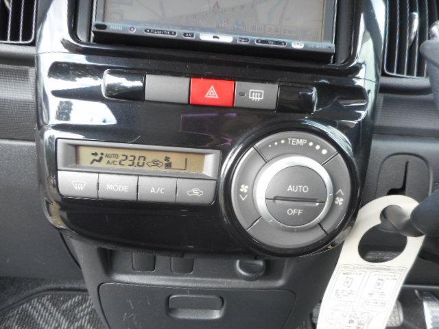 カスタムX パワースライドドアー HDDナビ(17枚目)