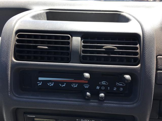4WD 5速マニュアル(16枚目)