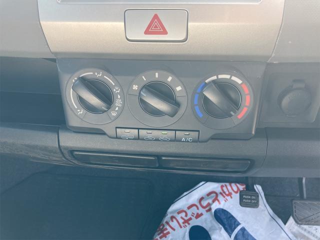 4WD オートマ CD ベンチシート シートヒーター 電動格納ミラー キーレスエントリー 盗難防止システム(27枚目)