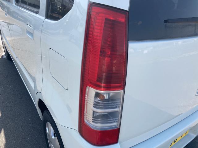 4WD オートマ CD ベンチシート シートヒーター 電動格納ミラー キーレスエントリー 盗難防止システム(40枚目)