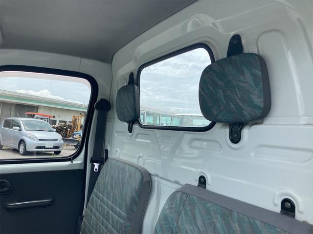 4WD 5速マニュアル パワーステアリング 三方開 ドアバイザー ラジオ 修復歴無し 保証付き 走行距離82004キロ 車検整備付き(35枚目)