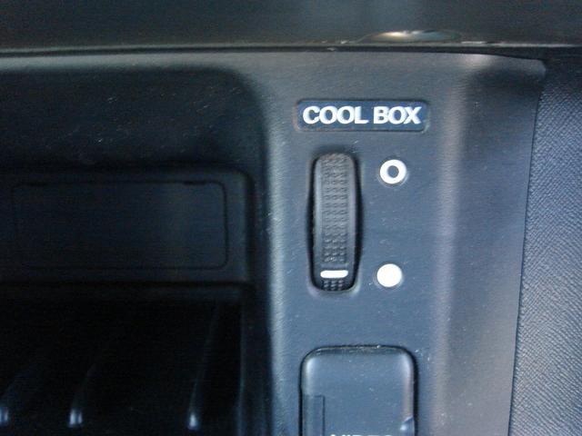 パフォーマiL 4WD 5速MT ナビ バックカメラ アルミ(6枚目)