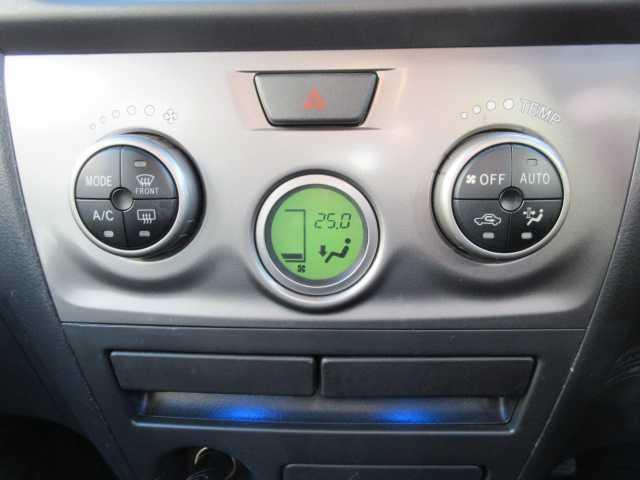 Z Qバージョン 4WD HDDナビ フルセグTV(13枚目)