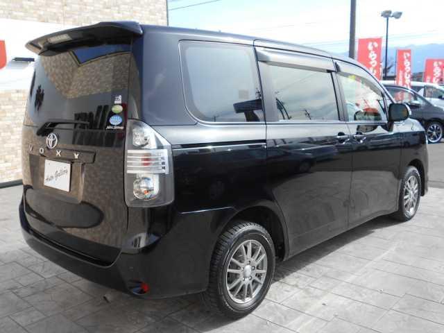X Lエディション 8人4WD 両側電動スライドドア(4枚目)