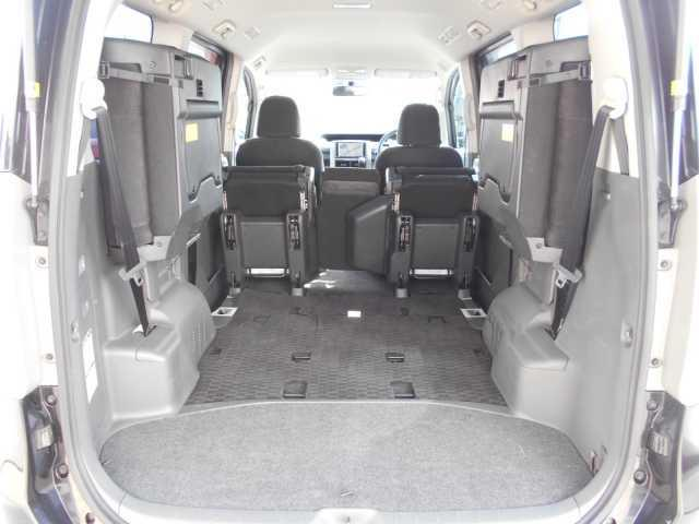 X Lエディション 8人4WD 両側電動スライドドア(16枚目)
