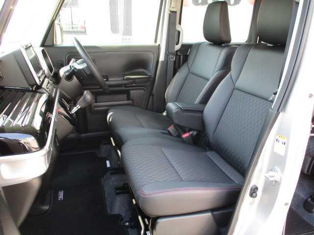 ハイブリッドXSターボ 4WD ターボ 両側電動スライドドア 社外SDナビ(9枚目)