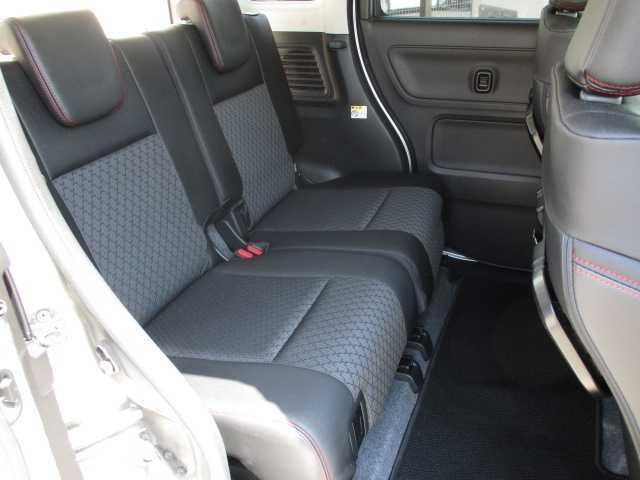 ハイブリッドXSターボ 4WD ターボ 両側電動スライドドア 社外SDナビ(10枚目)