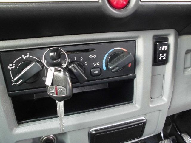 GXターボ 4WD  CD付(17枚目)