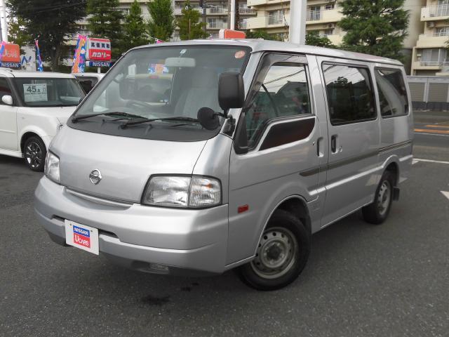 日産 0.75t GL 5ドア 低床 ガソリン 2WD オートマ