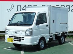 NT100クリッパートラックDX  保冷車