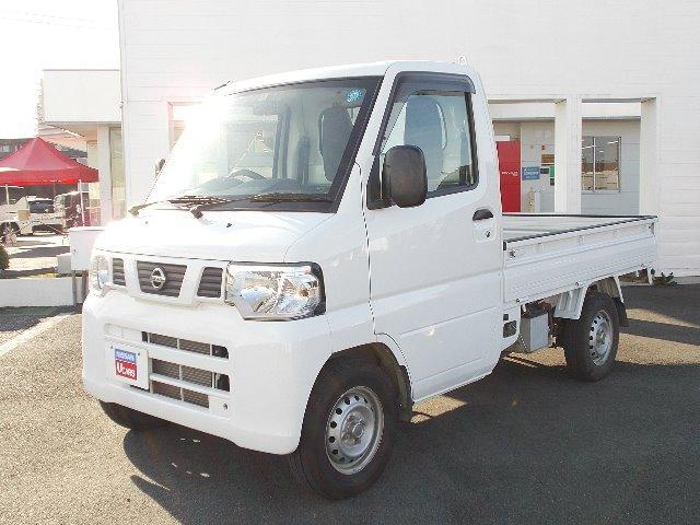 日産 DX マニュアル5速 4WD