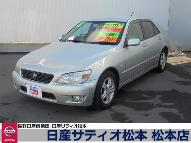 トヨタ AS200 オートエアコン CD/MDチューナー