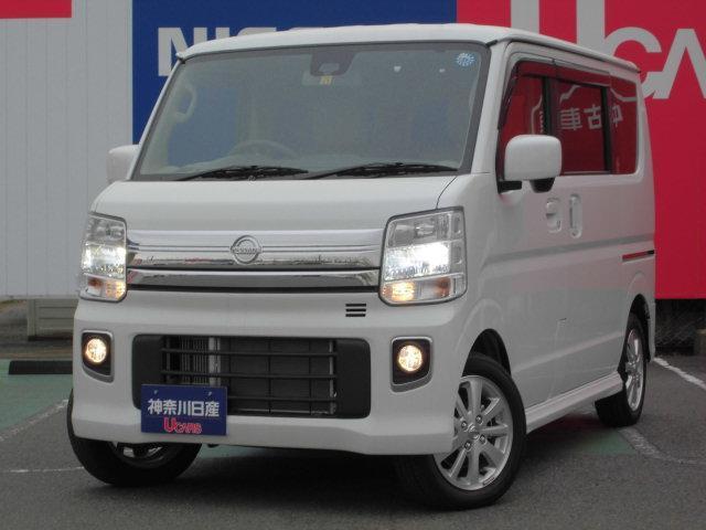 日産 E ナビ・オートエアコン・インテリキー・キセノンライト