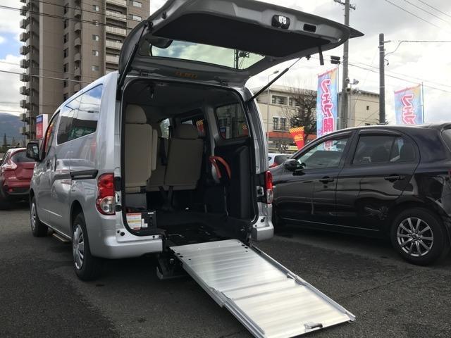 日産 1.6 チェアキャブ 車いす1名仕様 専用サードシート有