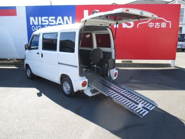 日産 660 アンシャンテ スロープタイプ 3人+車椅子1基乗