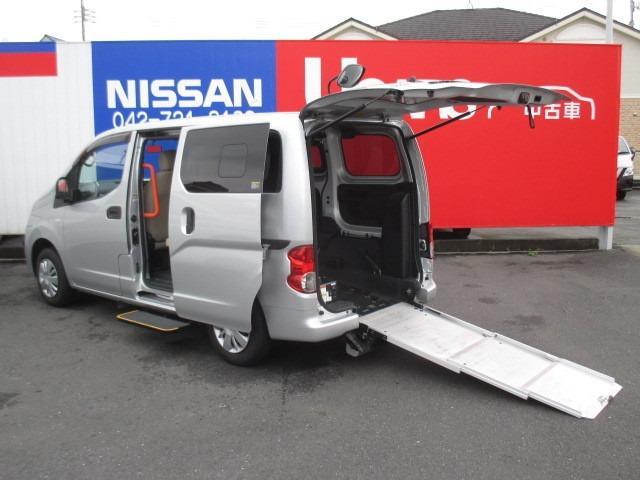 日産 NV200バネットバン 1.6 チェアキャブ 車いす2名仕様 オートステップ