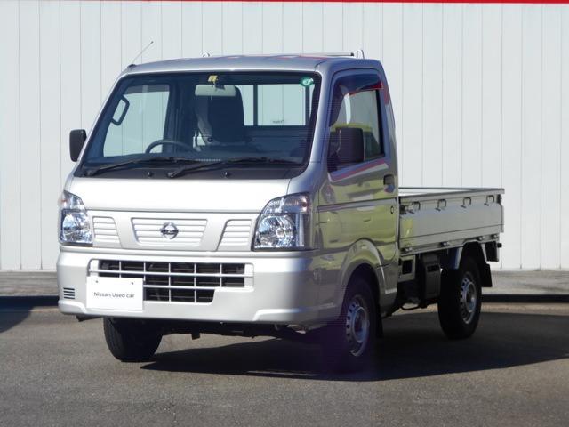 日産 NT100クリッパートラック 660 DX 4WD 5MT三方開きCDチューナー