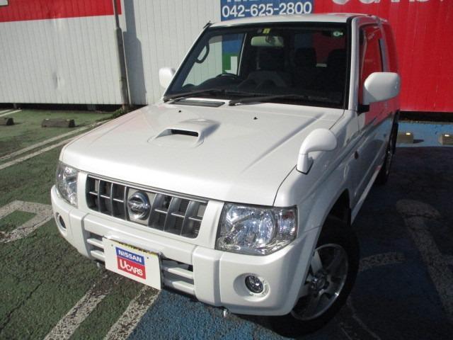 日産 キックス RX 4WD ワンオーナー 5速MT 15インチアルミホイール メモリーナビ シートヒーター ETC