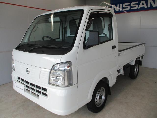 沖縄の中古車 日産 NT100クリッパートラック 車両価格 80万円 リ済別 2018(平成30)年 2.9万km ホワイト