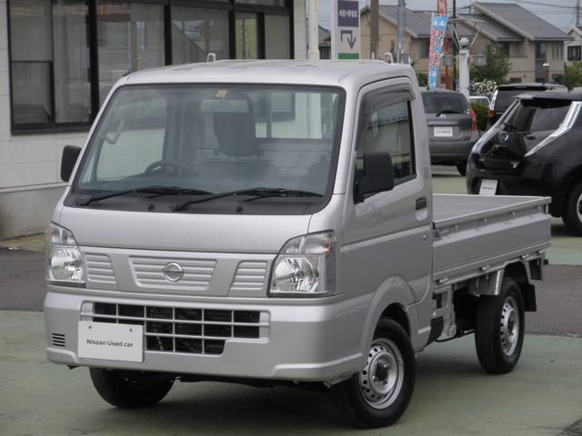 日産 DX 4WD・5MT・マニュアルエアコン マニュアルウインド