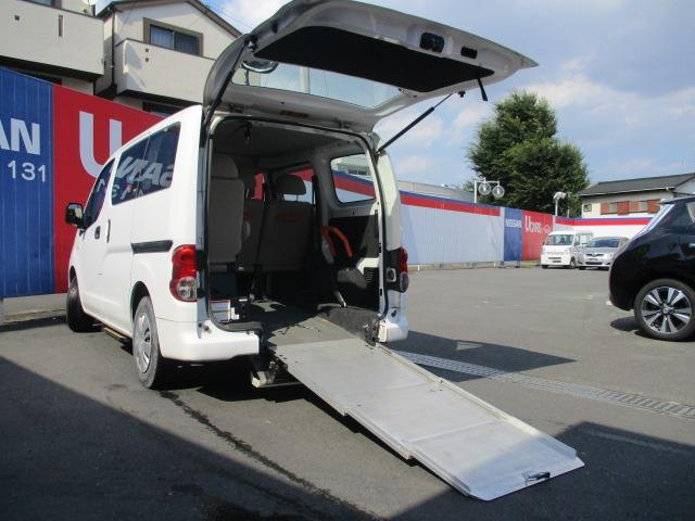 日産 NV200バネットバン  1.6 チェアキャブ 車いす1名仕様 専用サードシート有 スロープ&車いす固定装置