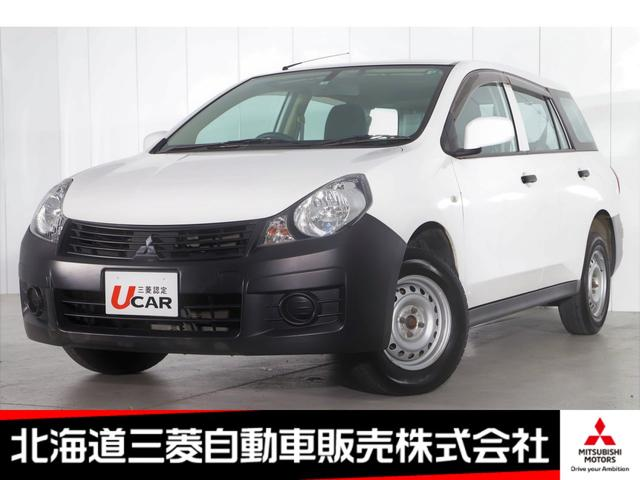 16M ETC/パワーウィンドウ/ラジオ/積み込みスタッドレスタイヤ有/100Vコンセント/電動格納ミラー/4WD