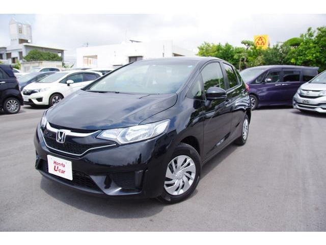 沖縄の中古車 ホンダ フィット 車両価格 123.8万円 リ済別 平成29年 0.7万km ブラックパール