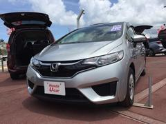 沖縄の中古車 ホンダ フィット 車両価格 141.8万円 リ済別 平成28年 0.8万K シルバー