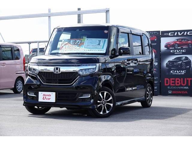 沖縄の中古車 ホンダ N-BOXカスタム 車両価格 175.8万円 リ済別 平成29年 0.3万km ブラックパール