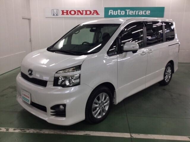 トヨタ ZS バックカメラ・ナビ・HIDライト