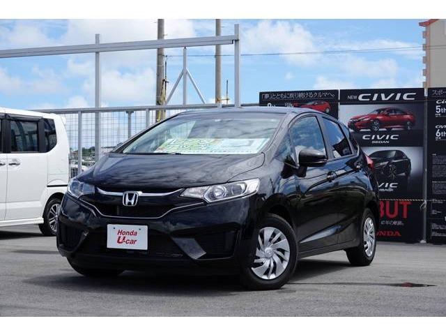 沖縄の中古車 ホンダ フィット 車両価格 130.8万円 リ済別 平成29年 0.7万km ブラックパール