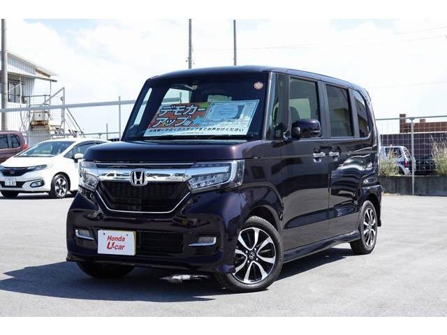 沖縄の中古車 ホンダ N BOXカスタム 車両価格 182.8万円 リ済別 平成29年 0.4万km ブラックパール