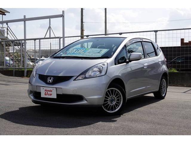 沖縄の中古車 ホンダ フィット 車両価格 54.8万円 リ済別 平成21年 7.8万km シルバーメタリック