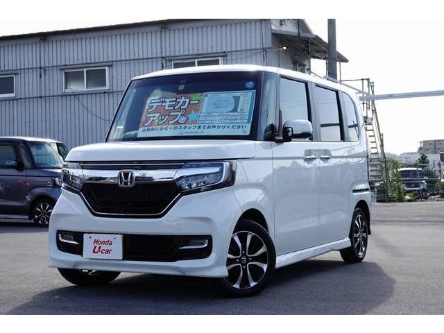 沖縄の中古車 ホンダ N BOXカスタム 車両価格 182.8万円 リ済別 平成30年 0.5万km ホワイトパール