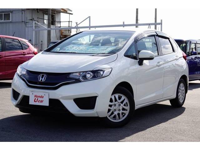 沖縄の中古車 ホンダ フィット 車両価格 87.8万円 リ済別 平成26年 5.9万km ホワイトパール