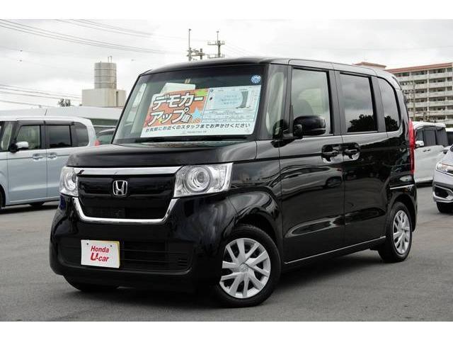 沖縄の中古車 ホンダ N-BOX 車両価格 149.8万円 リ済別 2018(平成30)年 0.4万km ブラックパール