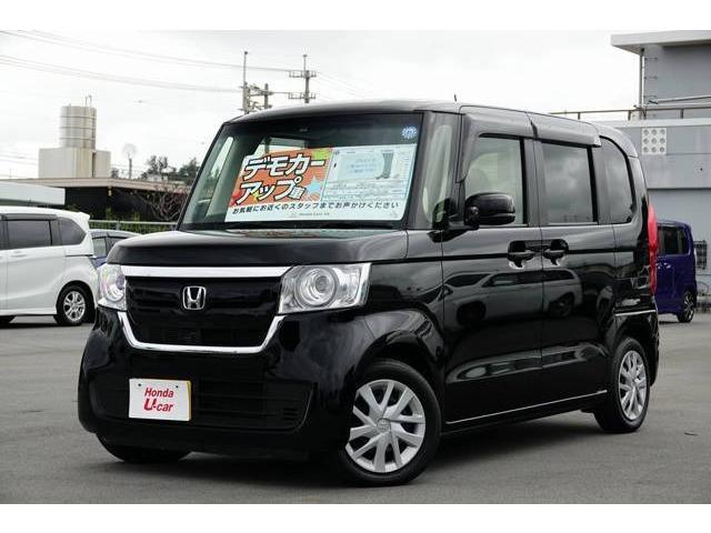 沖縄の中古車 ホンダ N-BOX 車両価格 149.8万円 リ済別 2018(平成30)年 0.6万km ブラックパール