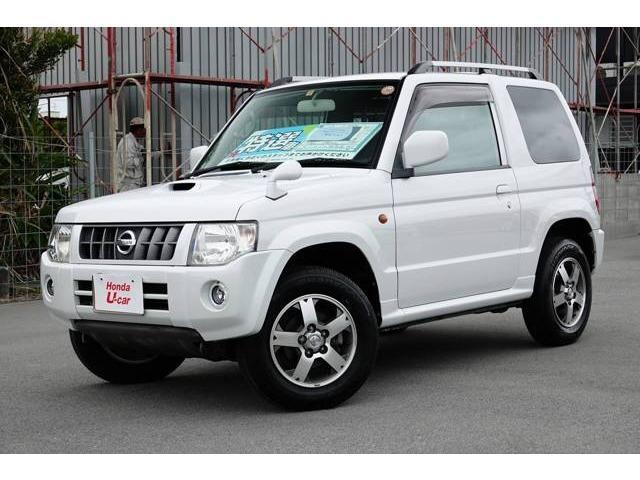 沖縄の中古車 日産 キックス 車両価格 88.8万円 リ済別 2011(平成23)年 2.0万km ホワイトパール
